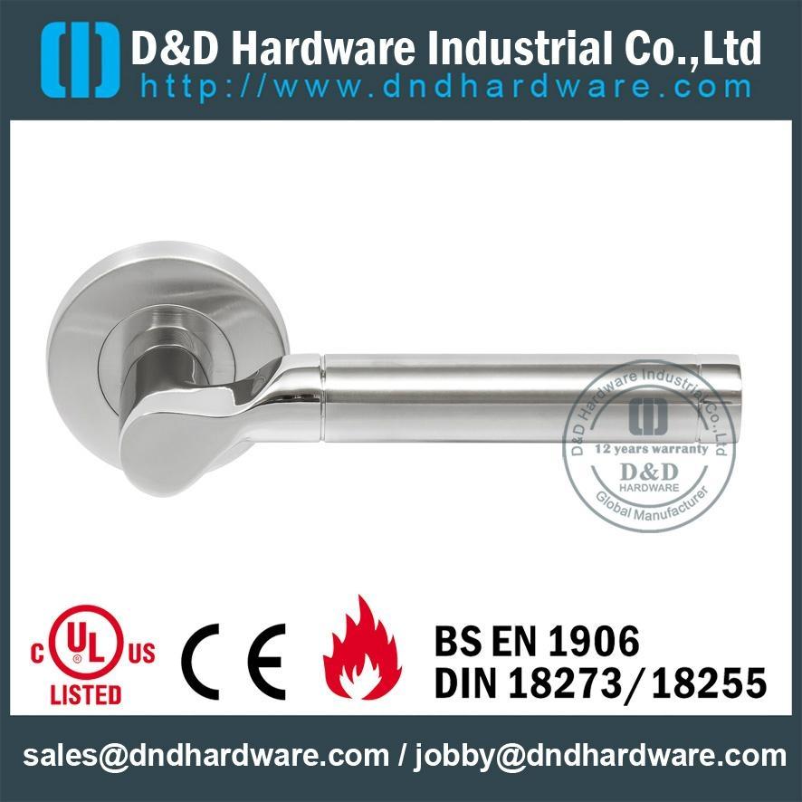 BS EN 1906 Grade 3& Grade 4 solid door handle DDSH033