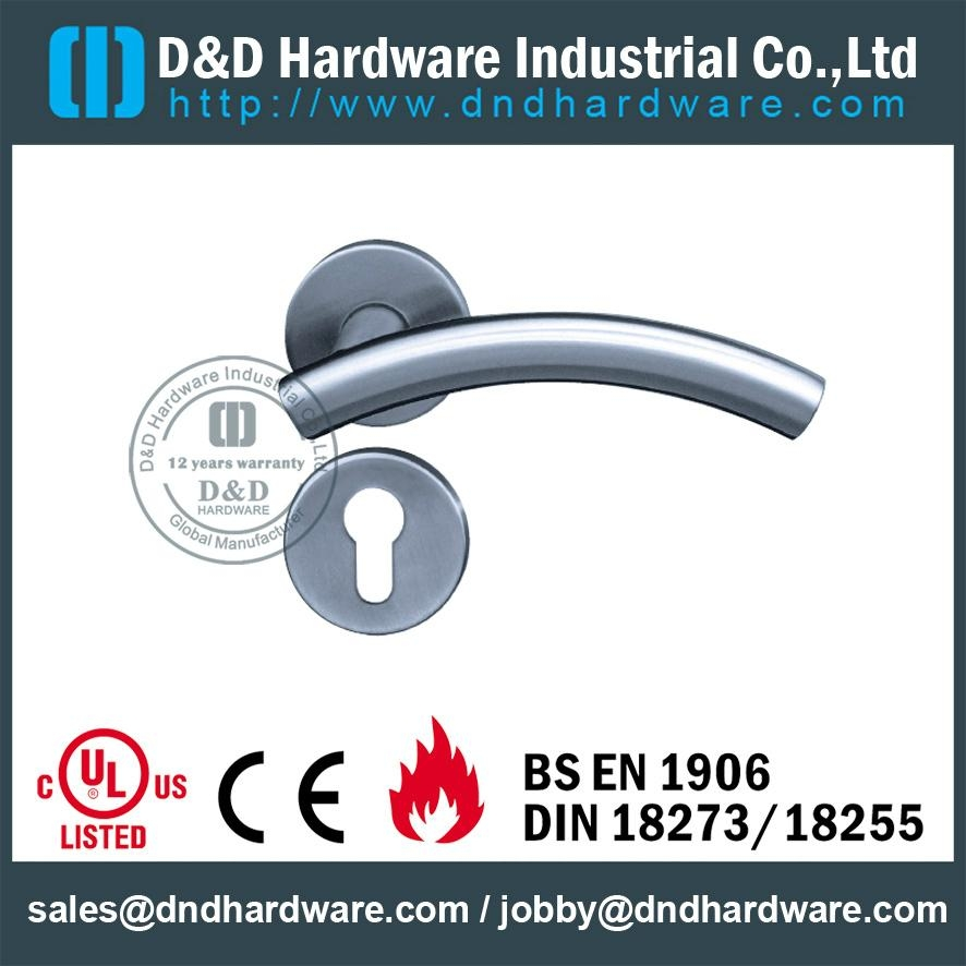 DDTH005 Tube lever handle BS  EN 1906