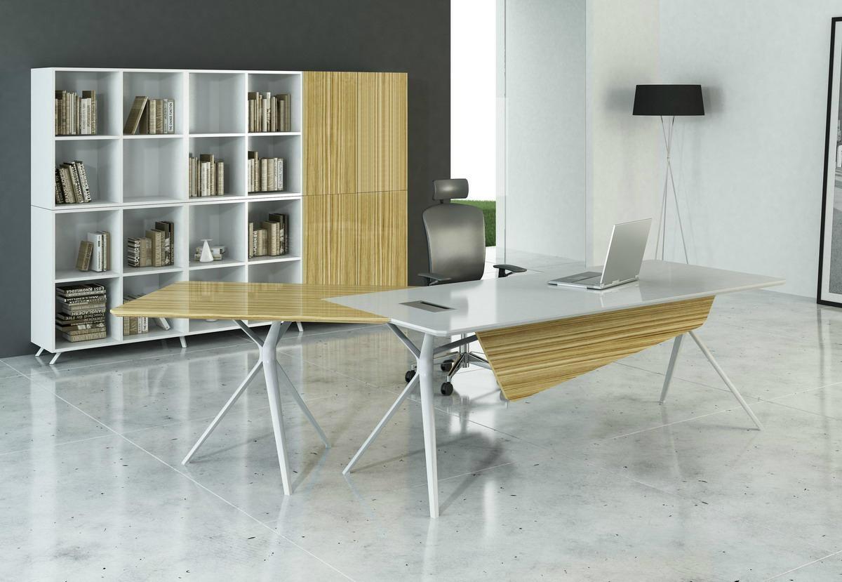 LS3 Desk 2