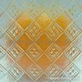 diamond patterned glass