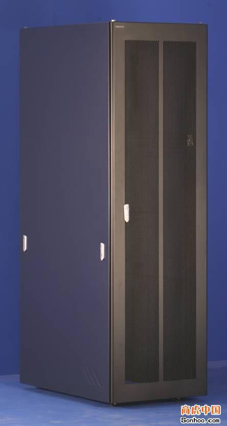 圖騰機櫃 3