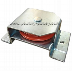 "3-1/2"" nylon/plastic pulley with bracket horizontal composite"