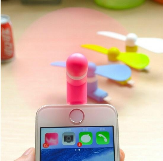Mini Desk Fan for iphone and Power Bank Notebook 1