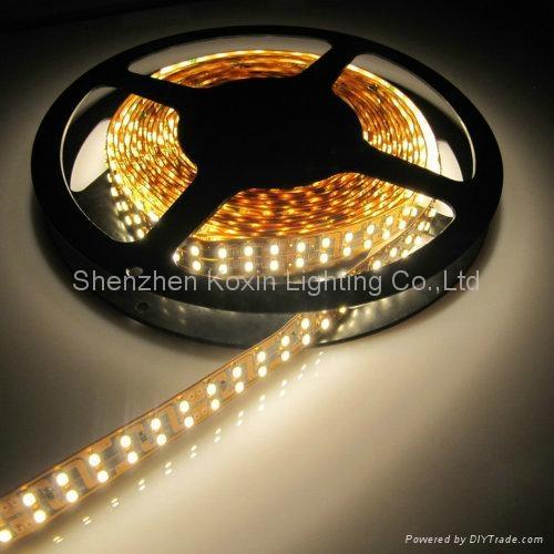 240顆燈每米的軟光條 1