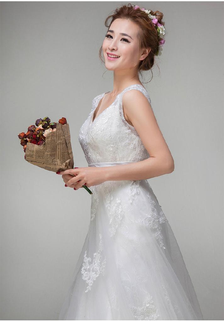 冬季双肩婚纱礼服 性感v领吊带显瘦蕾丝新娘婚纱 公主长裙hs0361 1
