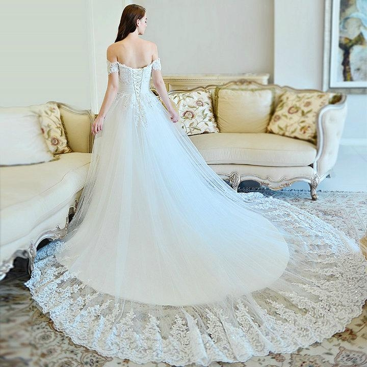 New luxury beading lace ball gown wedding gowns with long for Ball gown wedding dresses with long trains