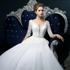 Sweetheart Sexy Ball Gown Floor Length Wedding Dress Beading Bridal Gown SF1011