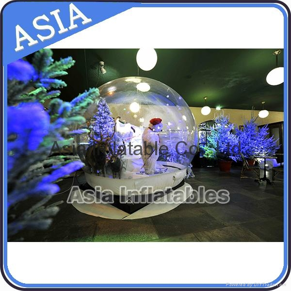 Transprent inflatable snow globe for holiday and exhibtion decoration 1