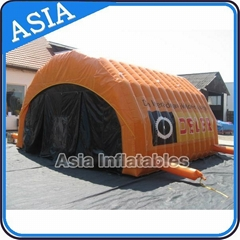 Family camping tent for