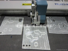 Carton cutting machine