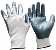 13针白色尼龙浸丁腈耐磨.防化手套