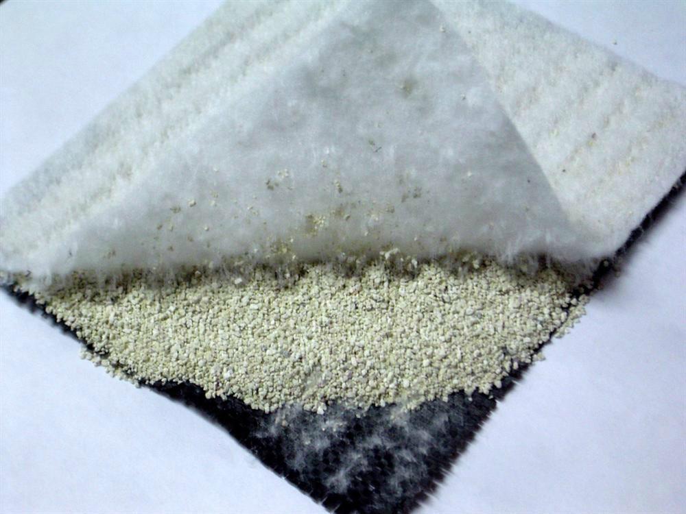 Bentonite geosynthetic clay liner 2