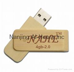 4GB Wood Twister USB Flash Drive