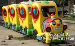 电动轨道小火车儿童轨道火车游乐设备