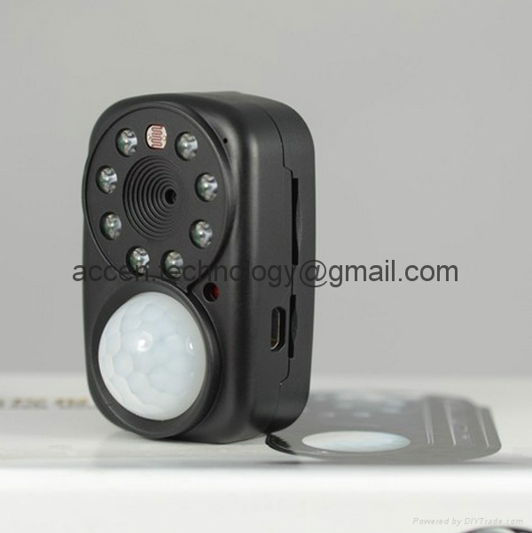X-110 GSM MMS Photo Alarm Anti-Theft PIR infrared night vision CCTV DVR Mini DV Camcorder W/ GPRS positioning
