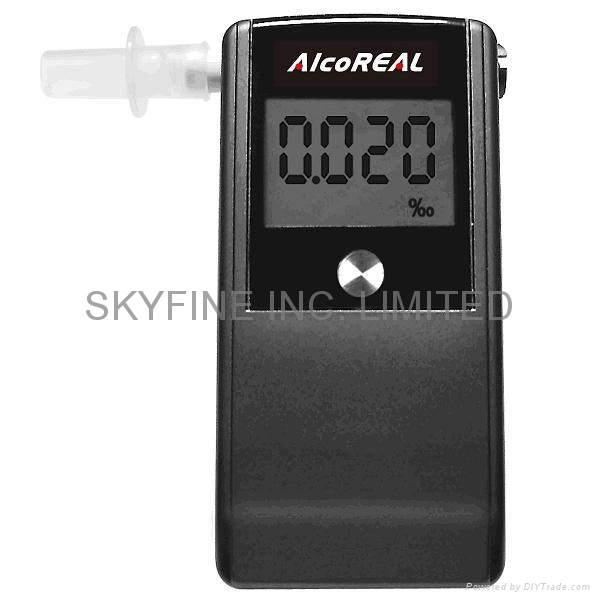 Breathalyzer with Fuel-Cell Sensor and 2 AAA battery operation