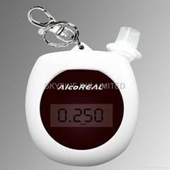 小型半導體酒測內有充電池