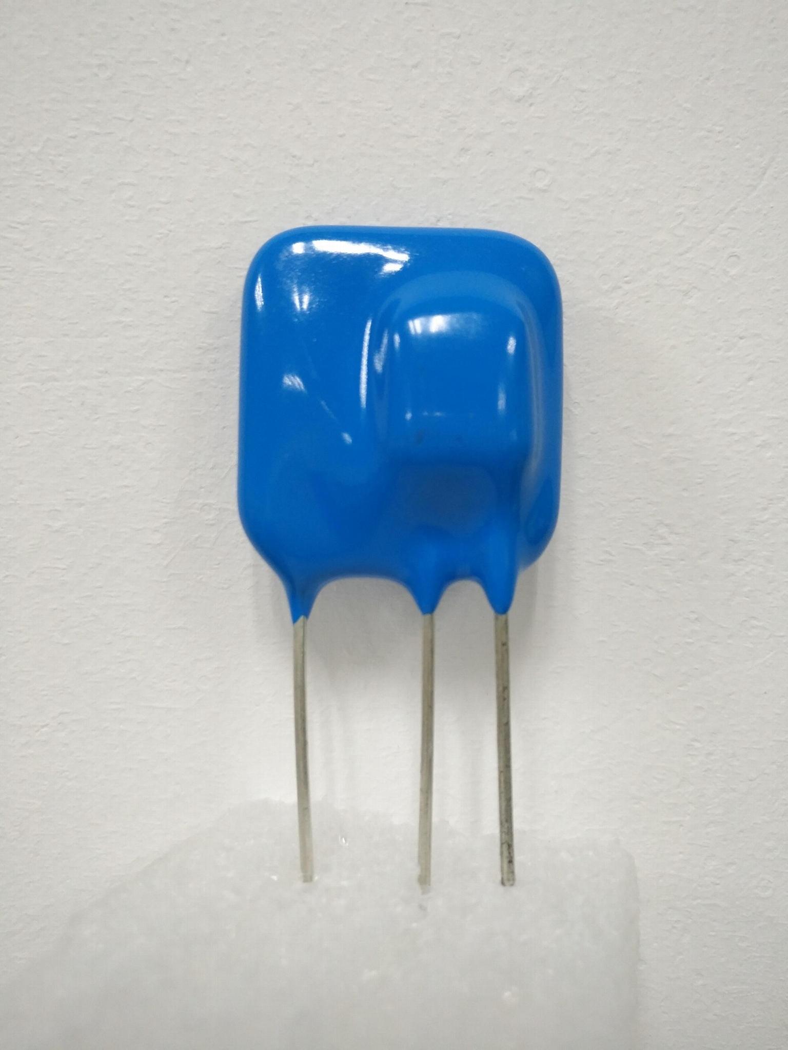 热保护型压敏电阻TFMOV20D471 1