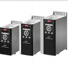 特價供應安川F7變頻器