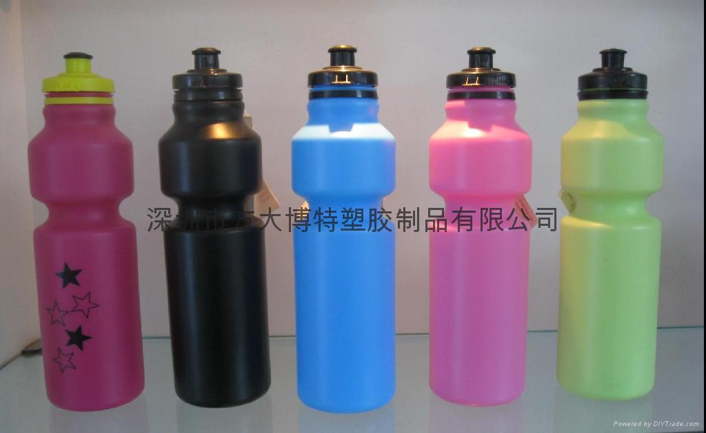 塑料水壶 1