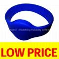 ROXTRON ISO14443A RW05 Silicone Wristband