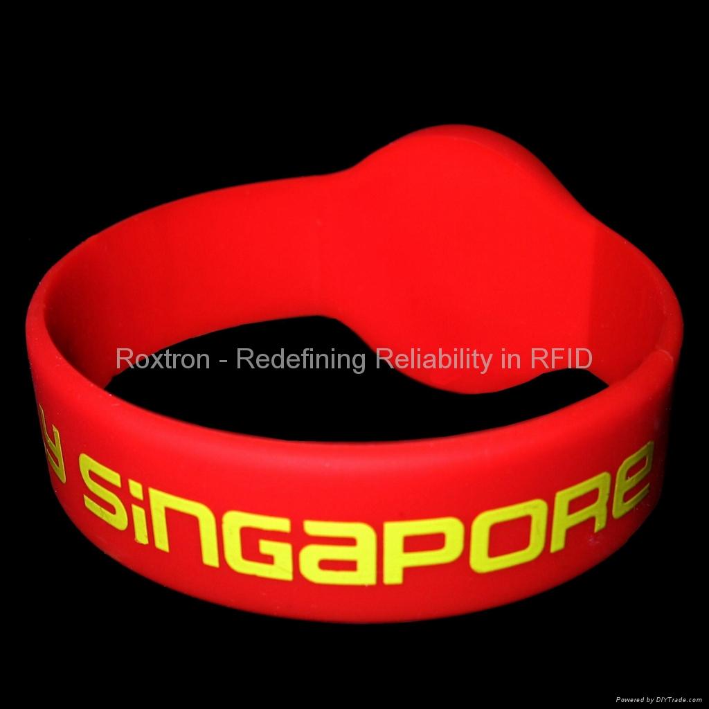 ROXTRON fm1108 wristband