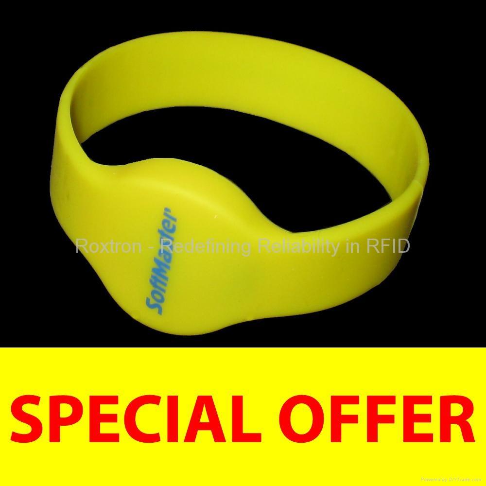 ROXTRON RFID RW05 Silicone Wristband