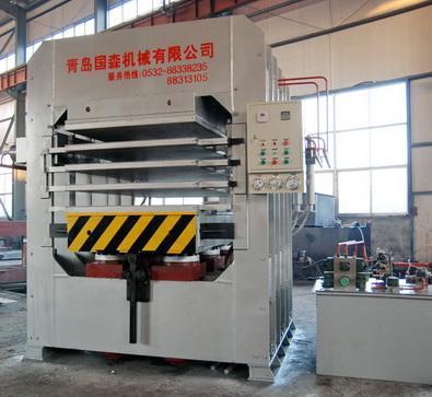 竹材工藝板竹地板熱壓機等成套加工機械 2
