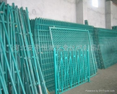 隔離護欄鐵絲網