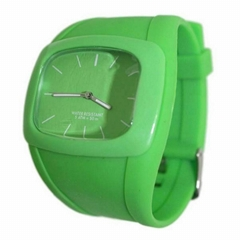 Unisex Quartz Watch with Dial Analogue Display Silicone Bracelet