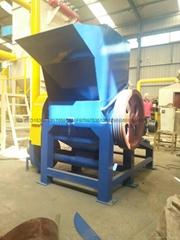 Plastic crusher maintenance