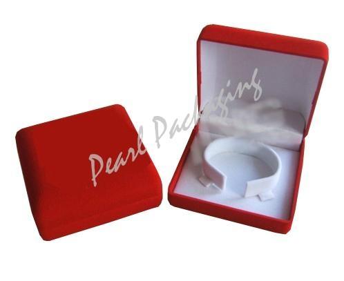 Ve  et Bracelet Box 3