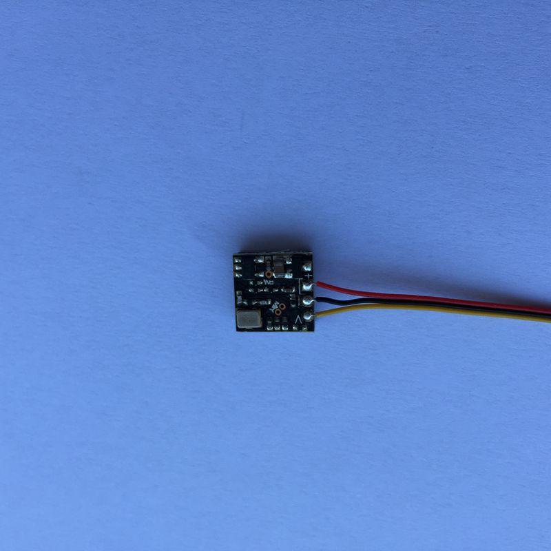 PC1089小型黑白CMOS摄像头单板 4
