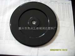 Plastic turntable