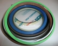 Hydraulic oil seals and seal kits