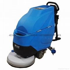 購物廣場保潔用手推式洗地機