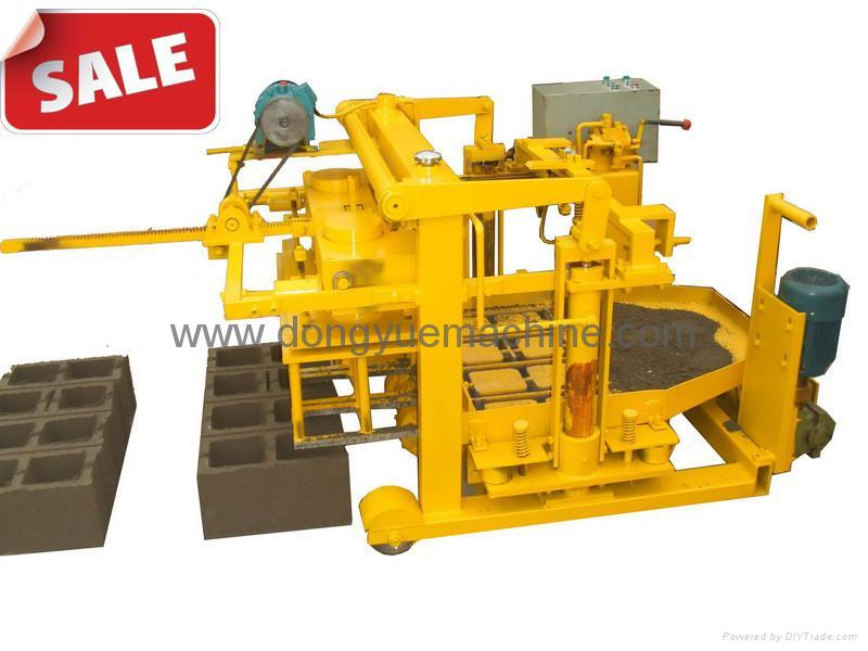 Cement Block Plant Machines : Qt concrete moving block machine china