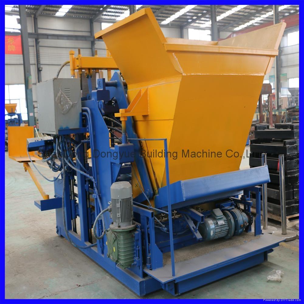 QTM10-15 movable block machine,egg layer block machine,mobile brick machine 5