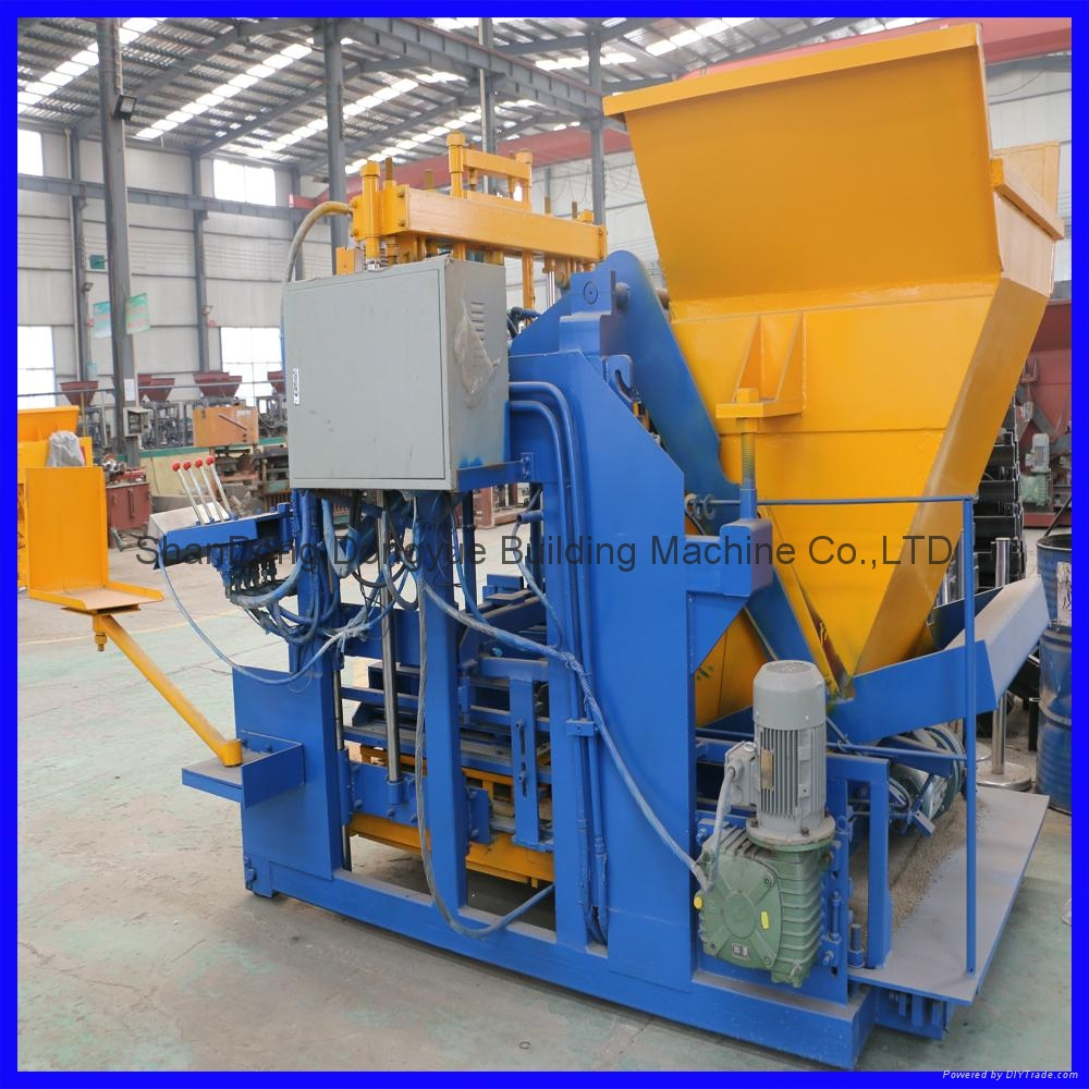 QTM10-15 移动式砖机,空心砖机 6