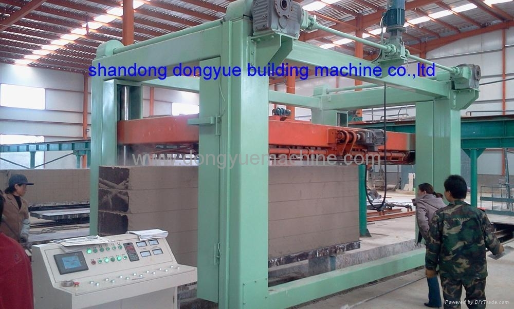 AAC block cutting machine