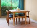 牛角實木餐椅 2