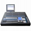 Pearl 2010 Digital Mixing Console