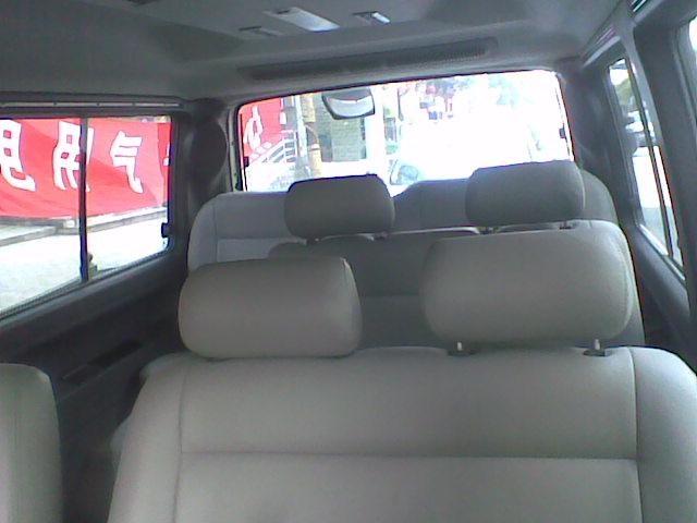 奔馳商務車MB100 2