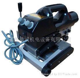 土工膜焊接機(爬焊機) 1
