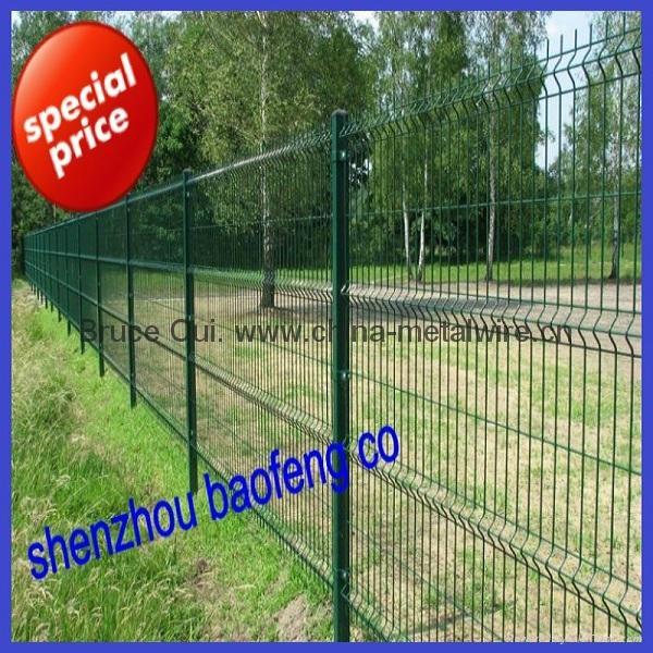 Wire Mesh Fence Welded Wire Mesh Fence Welded Mesh Panel Fence - China