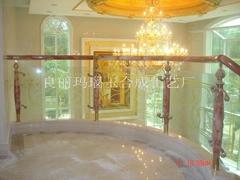 鋼玉夾玻璃樓梯