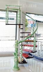 淺綠中軸旋轉樓梯