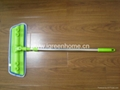 Adjustable handle microfiber flat mop