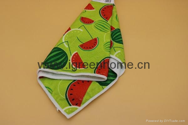 printed microfiber cleaning wipe 3