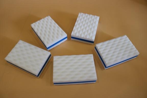 compressed sandwich magic eraser sponge